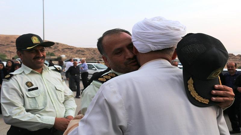 استقبال گرم مردم فراشبند از امام جمعه این شهر در بازگشت از سفر معنوی حج