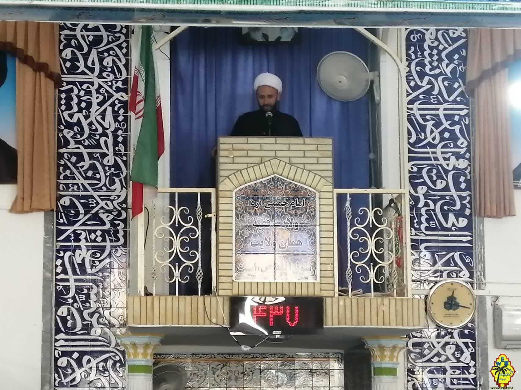 خطیب نماز جمعه فراشبند: یکی از اقشار موثر و تاثیرگذار در طول هشت سال دفاع مقدس، قشر روحانیت بود