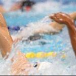 مزایای شنا در فصل تابستان